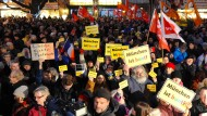 Deutschlandweit Proteste gegen Islamfeinde