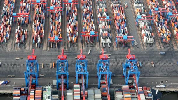 Razzia bei Container-Reedereien