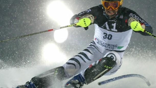 Vogl sorgt für Platz sechs, Neureuther für die Show