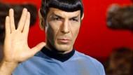 Captain Kirk trauert um Mister Spock