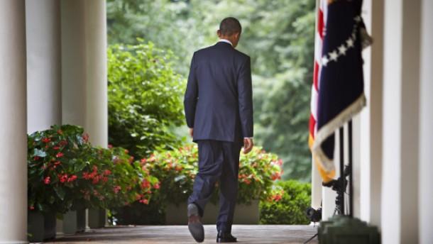 Um den Präsidenten wird es einsam