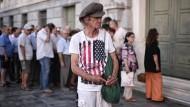 Schon verzögert Athen Reformen