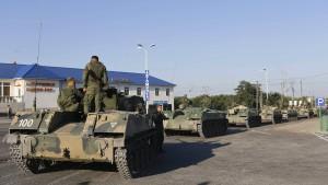 Russische Militärfahrzeuge sollen in Ukraine vorgerückt sein
