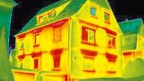 Verheizt: Das Wärmebild zeigt geheizten Bereiche eines Hauses. Die Kosten dafür werden oft falsch umgelegt.
