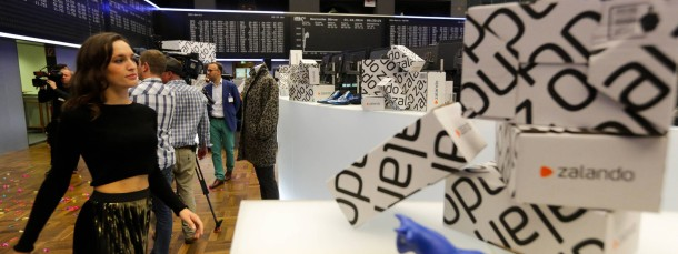 Zalando Modenschau in der Börse. Der Internethändler Zalando aus Berlin wird erstmals an der Franfurter Börse gehandelt.