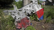 Flug MH17 von Objekten durchsiebt