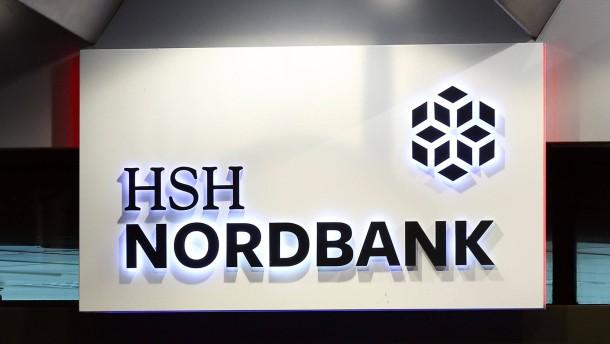 HSH Nordbank verschiebt Kupon-Zahlungen um ein Jahr