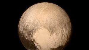 """""""New Horizons"""" hat Reise zum Pluto gut überstanden"""